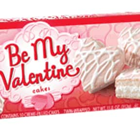Little Debbie Vanilla Be My Va is listed (or ranked) 21 on the list What is Your Favorite Little Debbie Snack?