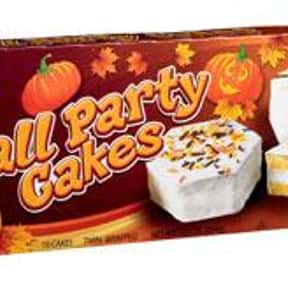 Little Debbie Vanilla Fall Par is listed (or ranked) 23 on the list What is Your Favorite Little Debbie Snack?