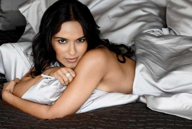 Dilshad Vasaria Under Covers is listed (or ranked) 1 on the list Hottest Dilshad Vadsaria Photos