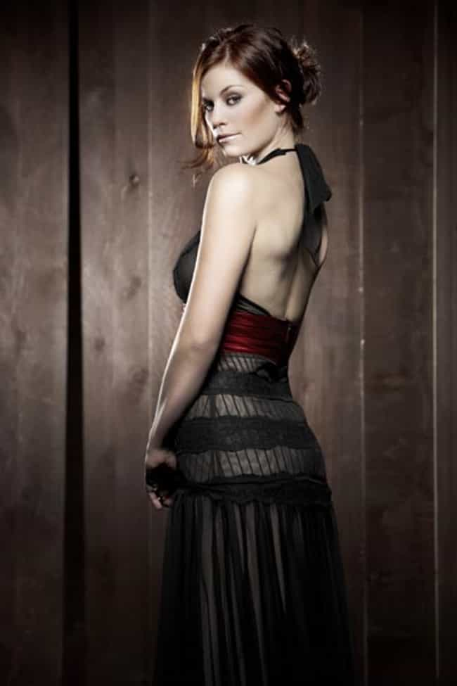 Cassidy Freeman Enjoys Staring... is listed (or ranked) 2 on the list The Most Stunning Cassidy Freeman Photos