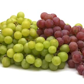 Grapes is listed (or ranked) 4 on the list The Best Picnic Foods