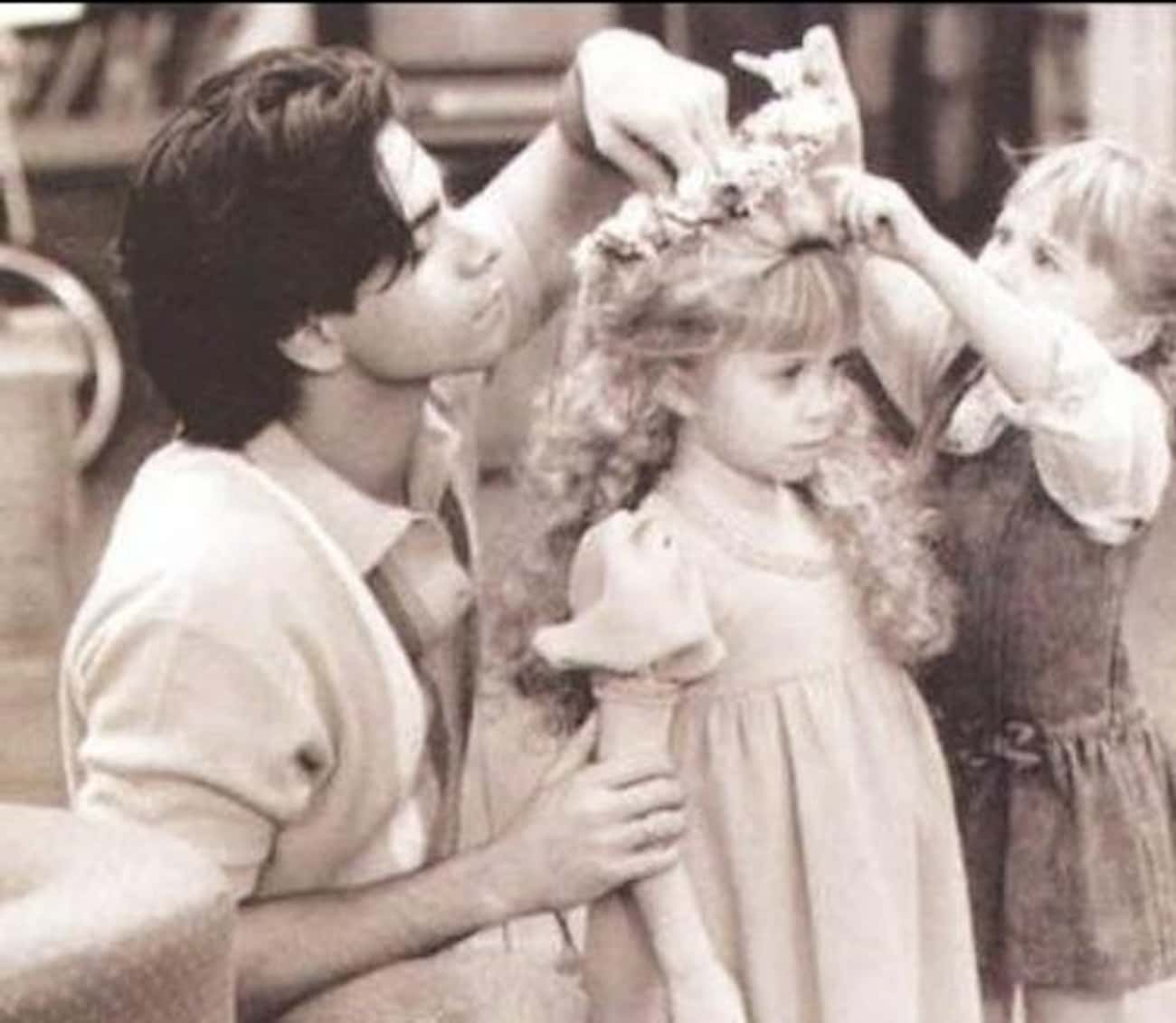 Helping Michelle Tanner Get Re is listed (or ranked) 1 on the list 50+ Amazing Behind the Scenes Photos from Iconic TV Shows