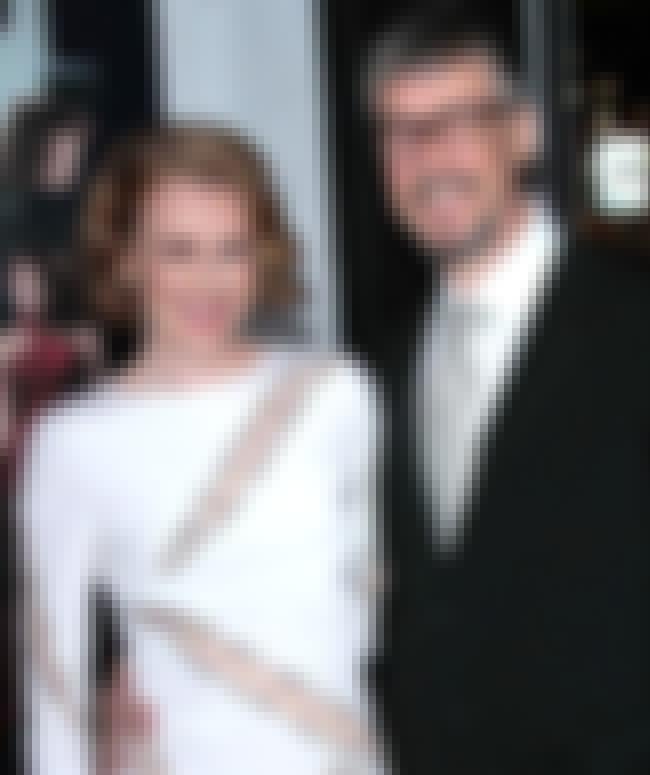 Random celebrity marriages list