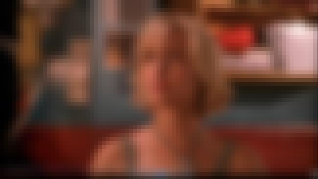 Chloe 5 is listed (or ranked) 2 on the list Chloe Sullivan Aka Allison Mack Best Photo Smallville S 1-3