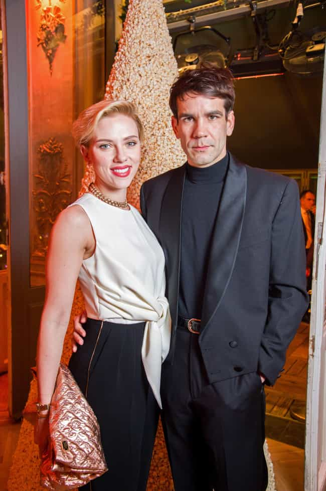 Romain Dauriac is listed (or ranked) 2 on the list Scarlett Johansson's Loves & Hookups