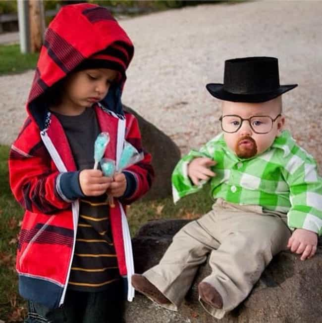 31 Kids Who Were Forced Into Amazing Halloween Costumes