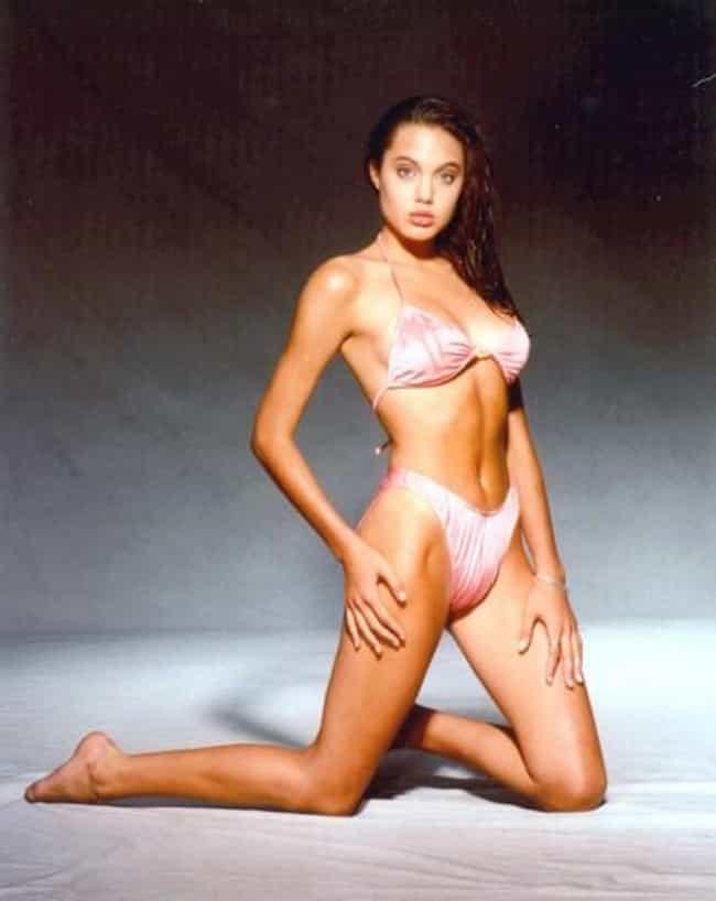 Angelina jolie nude pusi, gif videobox porn
