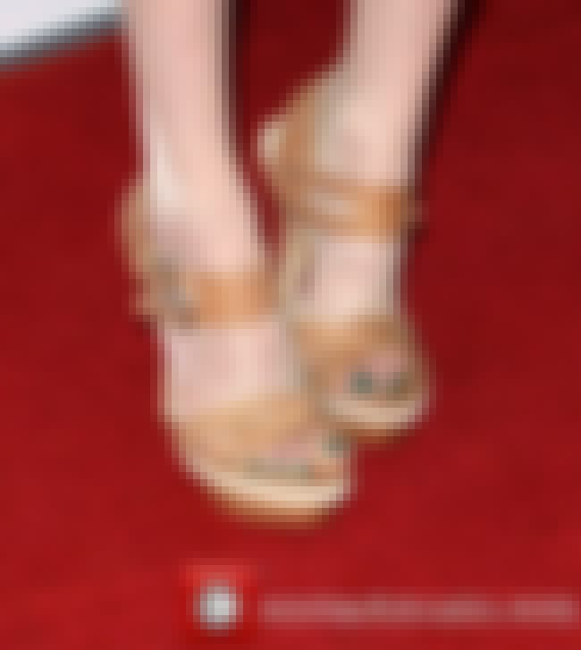 Karen Gillan Close Up Feet is listed (or ranked) 4 on the list Karen Gillan Feet Pics