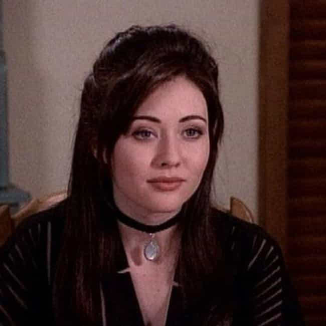 Chokers is listed (or ranked) 2 on the list 20 Fashion Trends That Should Make a Comeback