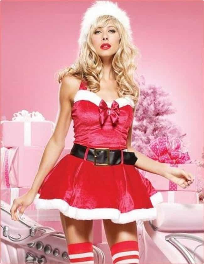 The 30 Hottest Girls Wearing Santa Hats