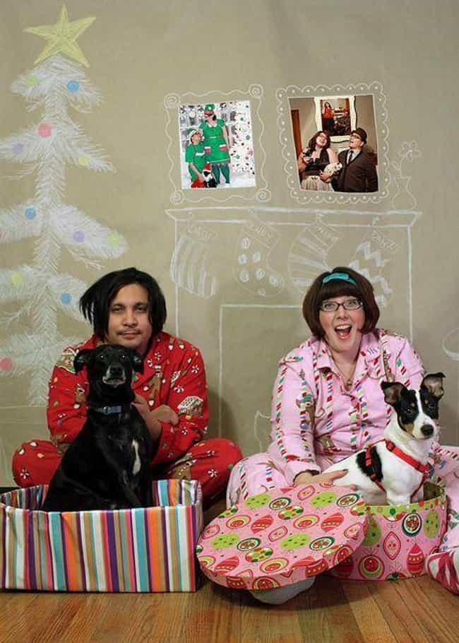 Family Christmas Pictures.15 Awkwardly Hilarious Family Christmas Photos