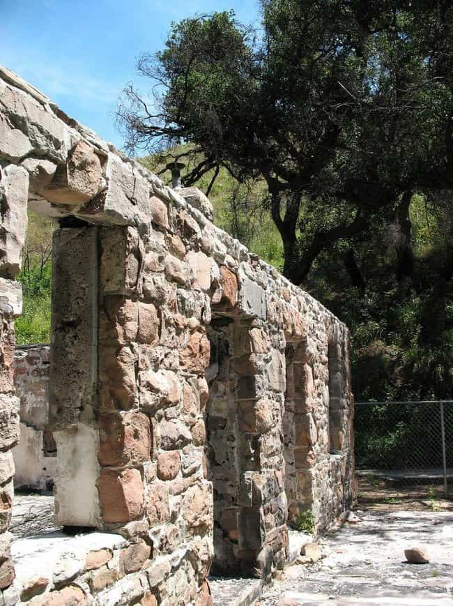 Solstice Ruins is listed (or ranked) 4 on the list The 10 Coolest Historical Ruins in the LA Mountains