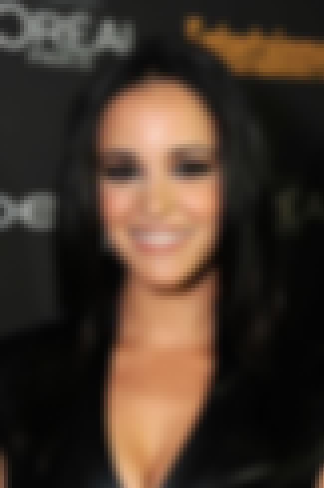 Melissa Fumero Pushed Up, Brah is listed (or ranked) 4 on the list The 22 Hottest Melissa Fumero Photos