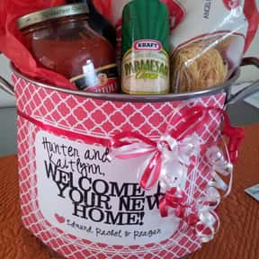 House Warming is listed (or ranked) 10 on the list Fun Gift Basket Ideas