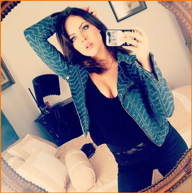 Elizabeth Gillies in Jacket an... is listed (or ranked) 2 on the list The Hottest Elizabeth Gillies Photos