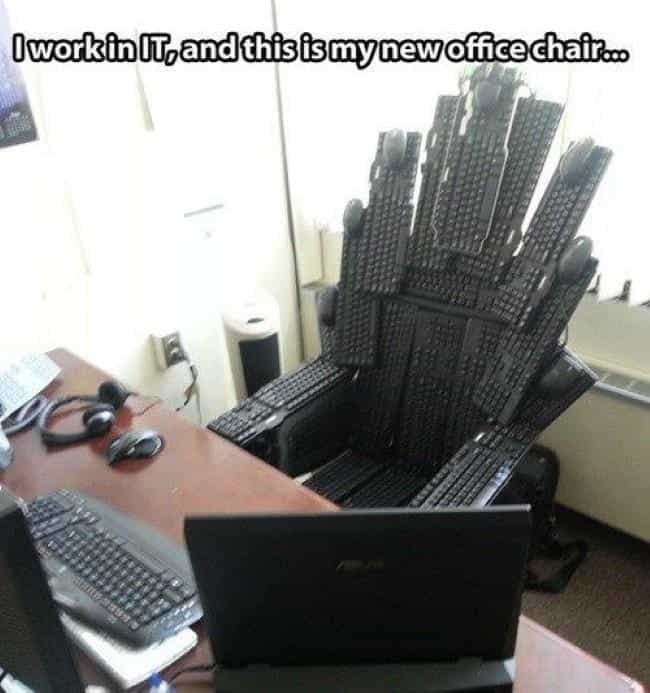 The IT Throne is listed (or ranked) 7 on the list 20 Best Game of Thrones Memes