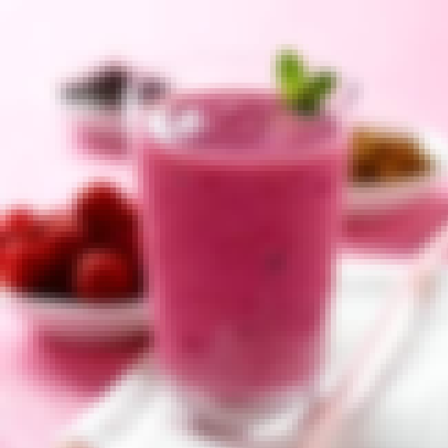 Berry Breakfast Smoothie (4 Po... is listed (or ranked) 3 on the list Weight Watchers Recipes