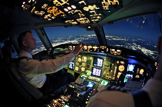 Pilots Routinely Nod Off During Long Flights