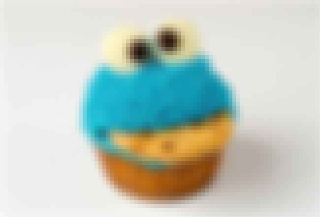 Cookie Monster is listed (or ranked) 1 on the list 41 Epic Cupcake Art Pictures