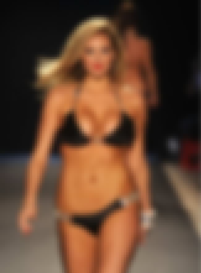 Kate Upton Just Pulled Her Ham... is listed (or ranked) 4 on the list The Hottest Kate Upton Bikini Pictures Ever