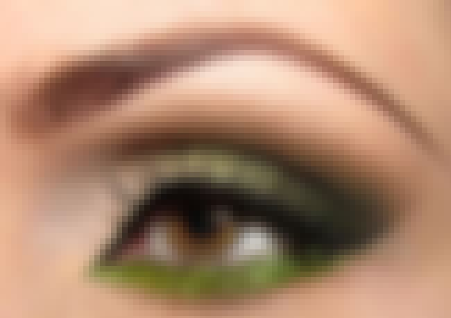 With Dark Eye Liner is listed (or ranked) 4 on the list 7 Ways to Wear Green Eyeshadow