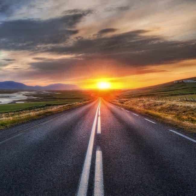 Road Trip is listed (or ranked) 4 on the list Awesome Date Ideas for New Couples