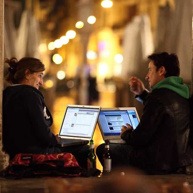 Stay Up Late is listed (or ranked) 3 on the list Awesome Date Ideas for New Couples