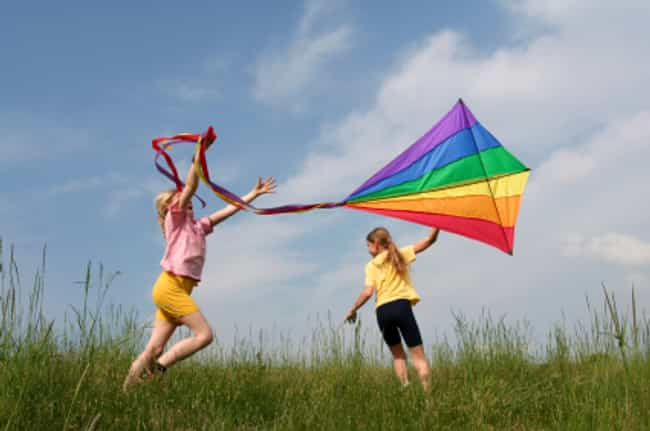 Fly a Kite is listed (or ranked) 2 on the list The Best Free Summer Activities for Kids
