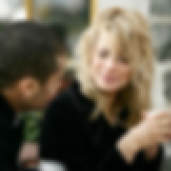 how old can u start dating Online shopping from the earth's biggest selection of books, magazines, music, dvds, videos, electronics, computers, software, apparel & accessories, shoes, jewelry.