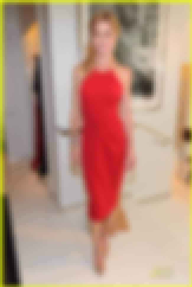 Julie Bowen in Red Knee Length... is listed (or ranked) 4 on the list The Hottest Julie Bowen Photos