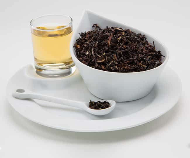 Sip Oolong Tea is listed (or ranked) 1 on the list The Best Health Tips & Natural Remedies