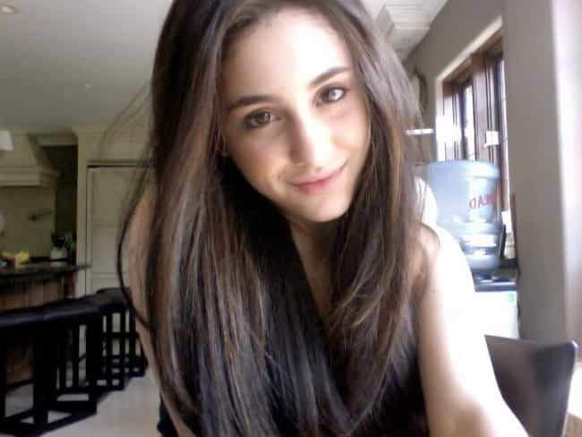 Chillin' at Home is listed (or ranked) 4 on the list 10 Photos of Ariana Grande Without Makeup