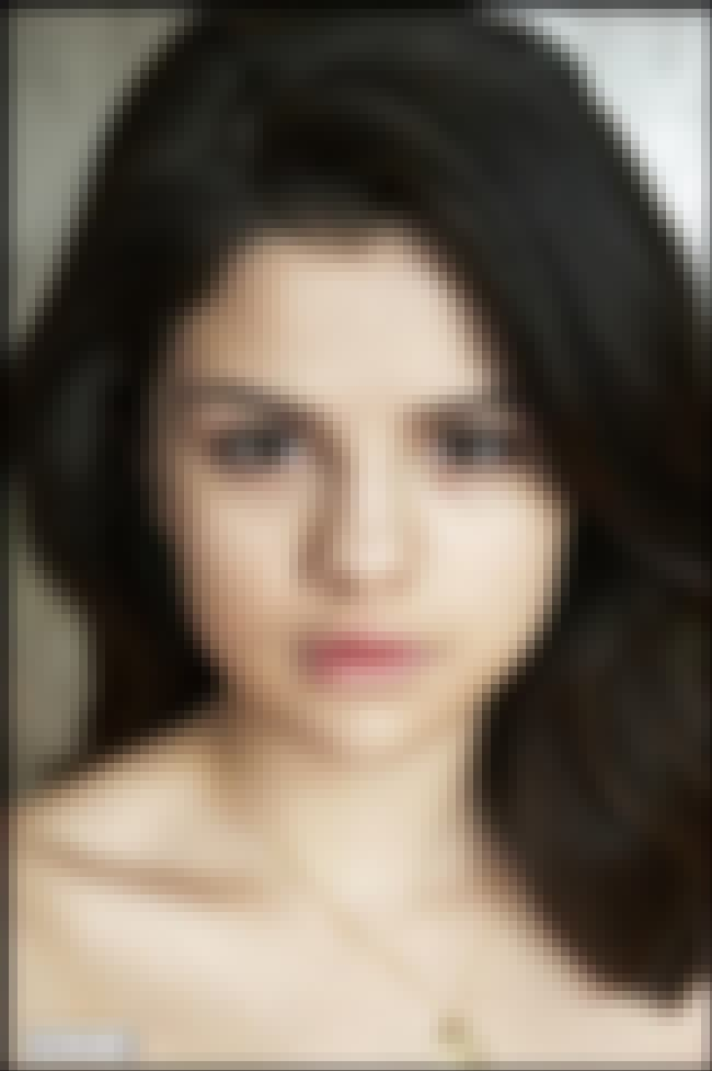 Eye Connection is listed (or ranked) 3 on the list 26 Pictures of Selena Gomez Without Makeup