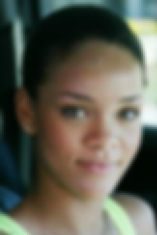 Fresh Face is listed (or ranked) 4 on the list 26 Pictures of Rihanna Without Makeup