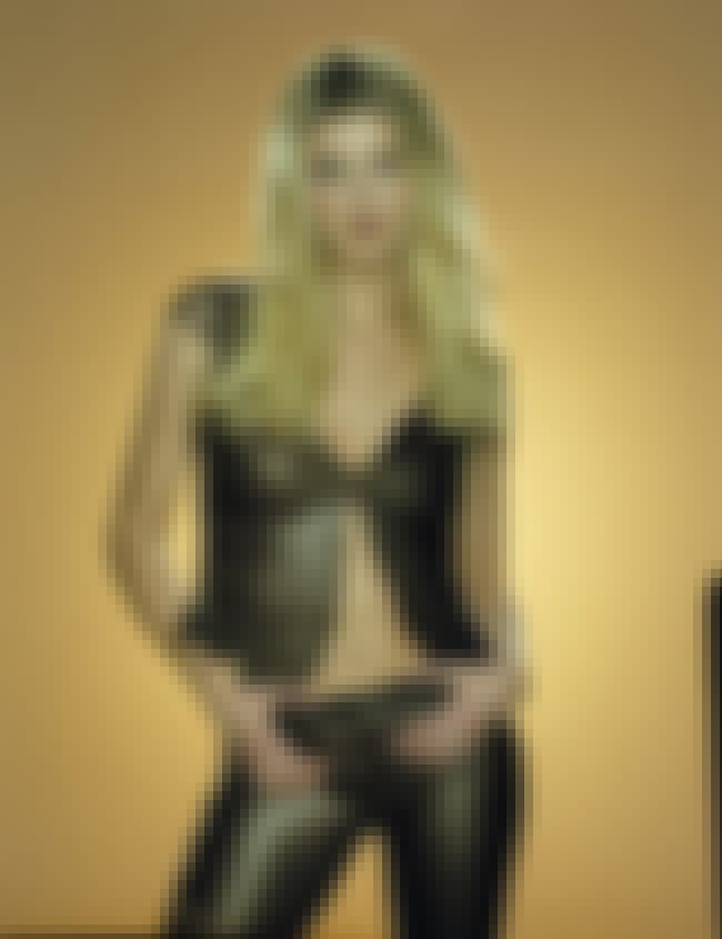 Yellow room. is listed (or ranked) 4 on the list The Hottest Faith Hill Photos