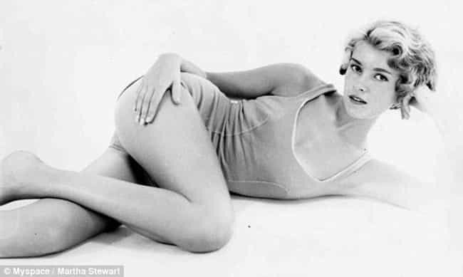 Laying on the floor is listed (or ranked) 4 on the list The Most Stunning Pictures Of A Young Martha Stewart