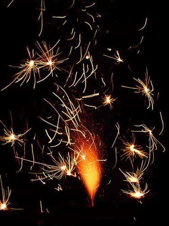 Roman Candles is listed (or ranked) 4 on the list The Best Types of Fireworks