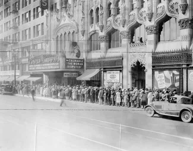 United Artists Theater, 1928 is listed (or ranked) 1 on the list 40 Mind-Blowing Photos of Historic Los Angeles