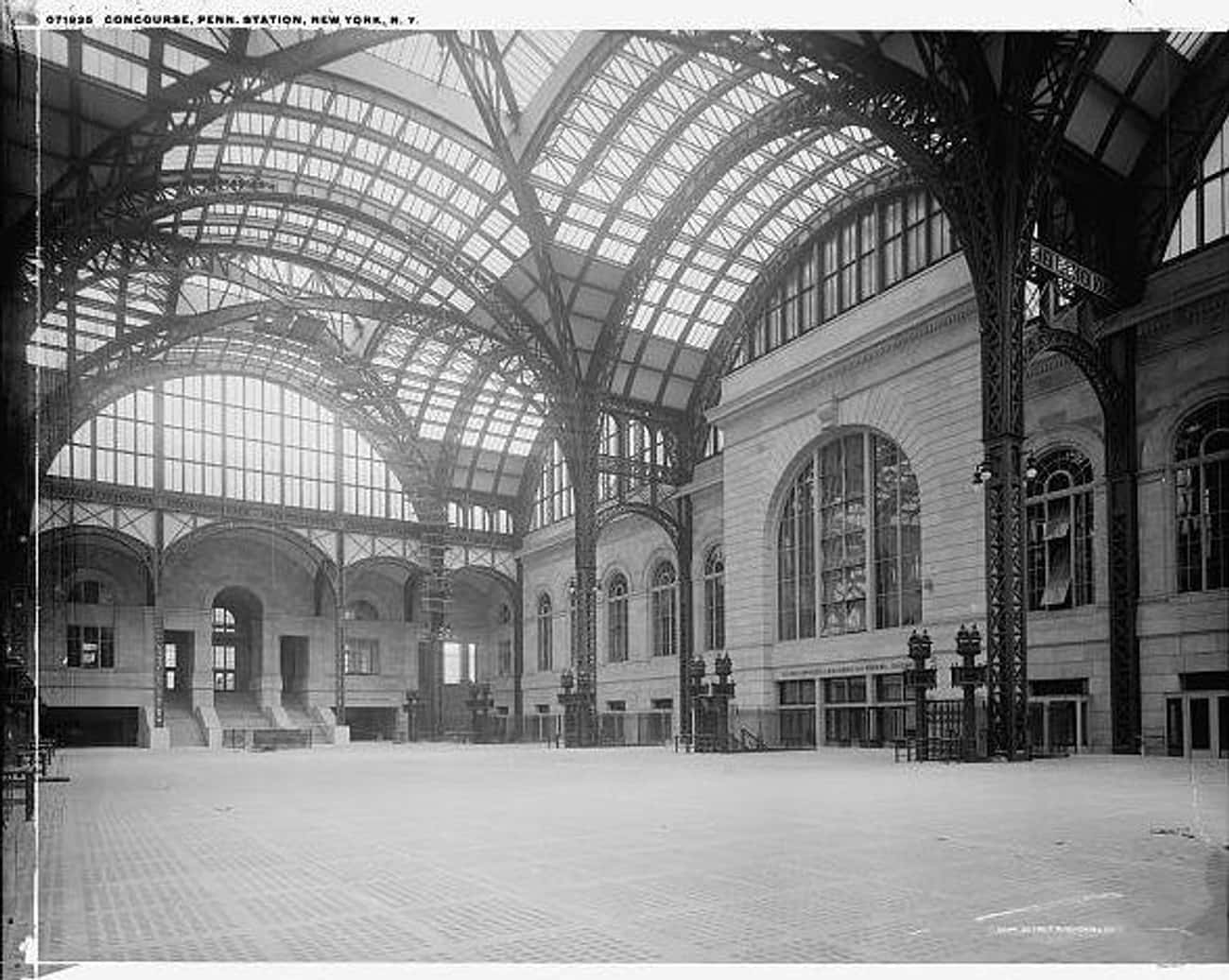 Penn Station, 1905-1915 is listed (or ranked) 4 on the list 15 Beautiful Old New York Photos