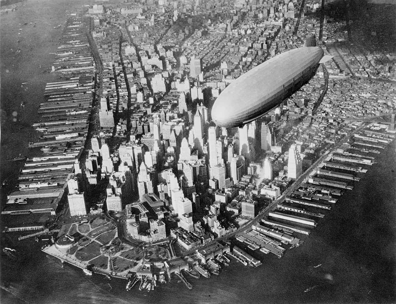 Aerial, 1931-1933 is listed (or ranked) 3 on the list 15 Beautiful Old New York Photos