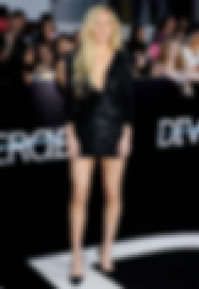 Ellie Goulding in a Short V-Ne... is listed (or ranked) 4 on the list Hottest Ellie Goulding Photos