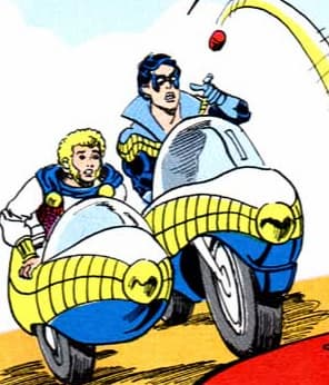 Wing-Cycle on Random Best and Worst Vehicles in DC Comics