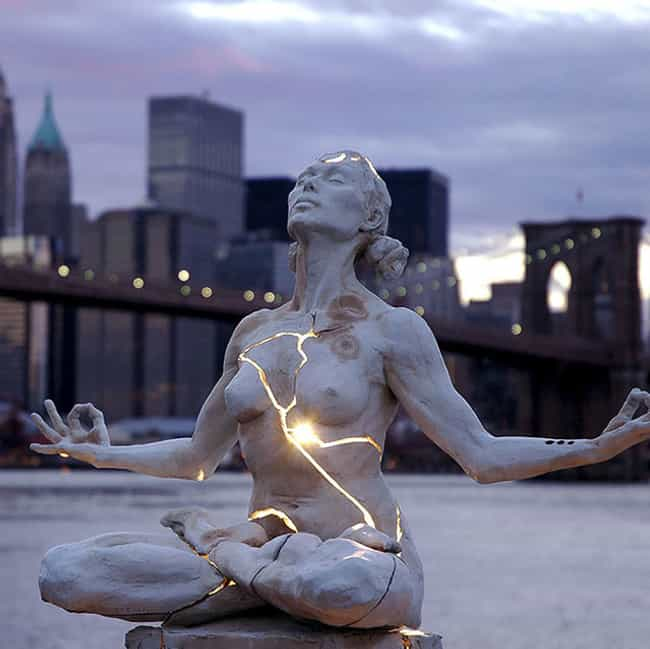 Expansion is listed (or ranked) 3 on the list The Most Amazing Statues in the World