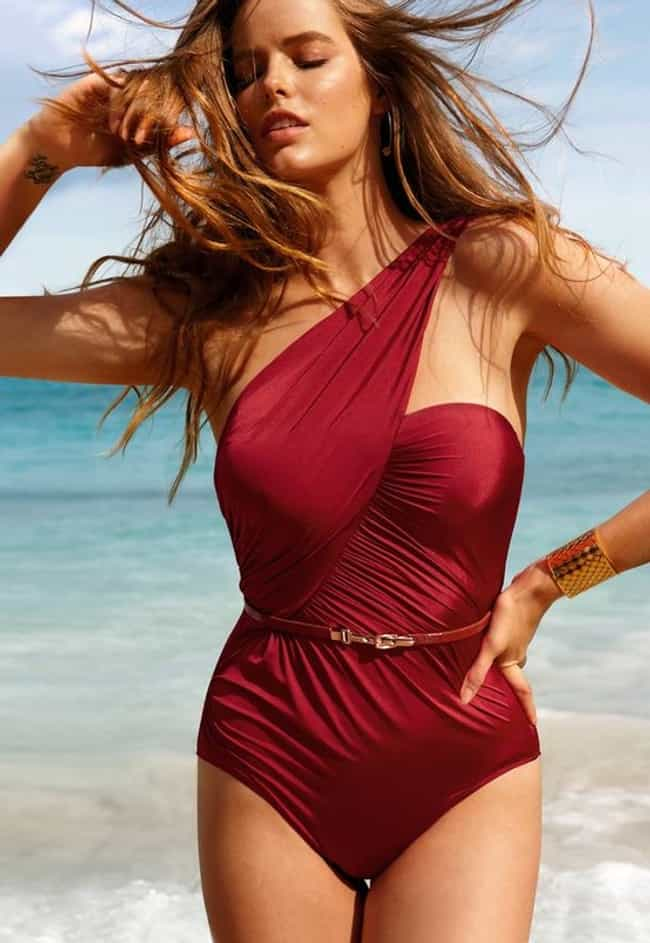 Wonder Woman is listed (or ranked) 4 on the list The Hottest Robyn Lawley Photos