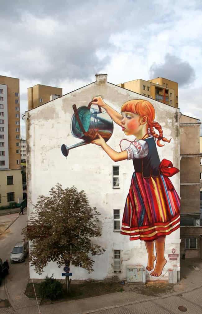 This Helpful Gardener is listed (or ranked) 2 on the list The Most Beautiful Street Art In The World