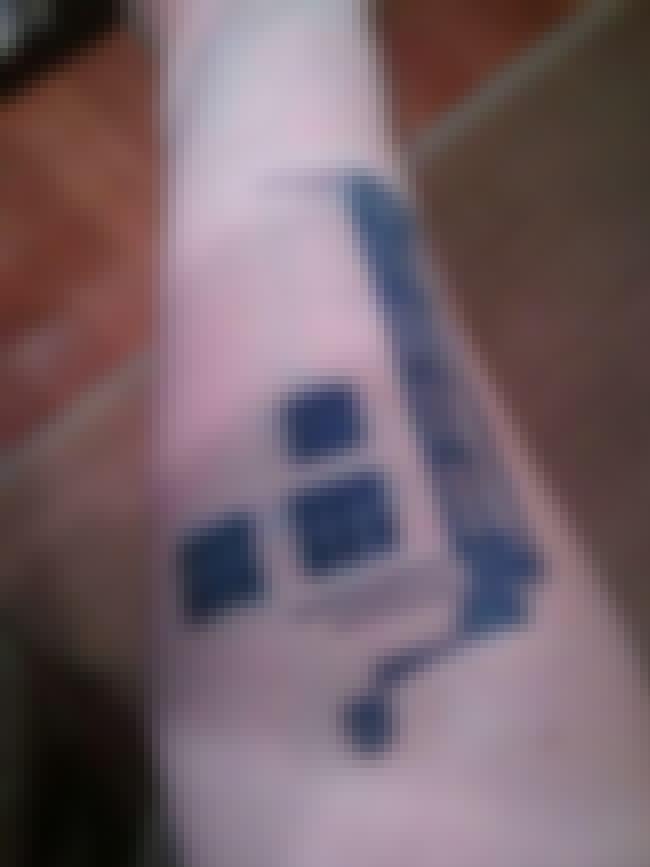 Minimalist Tardis is listed (or ranked) 4 on the list 21 Doctor Who TARDIS Tattoos
