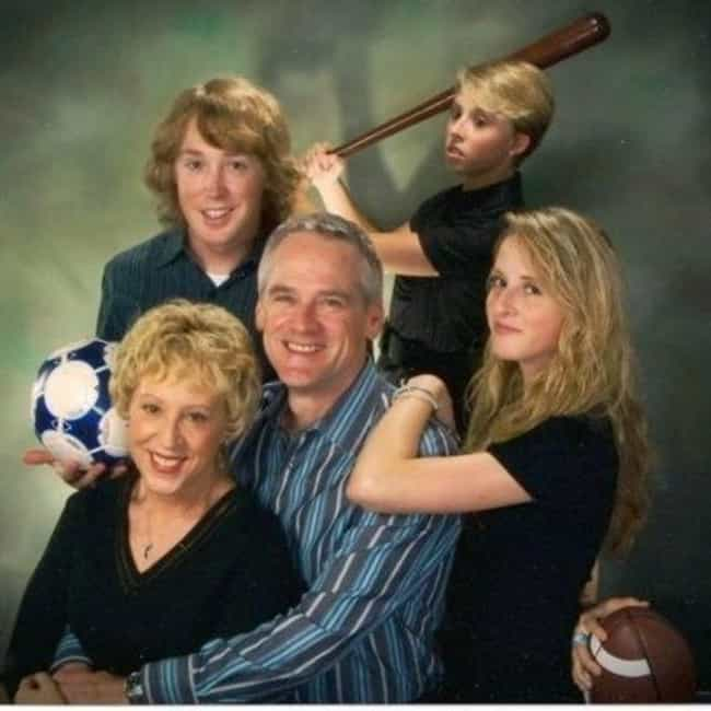 Bilderesultat for awkward family photos