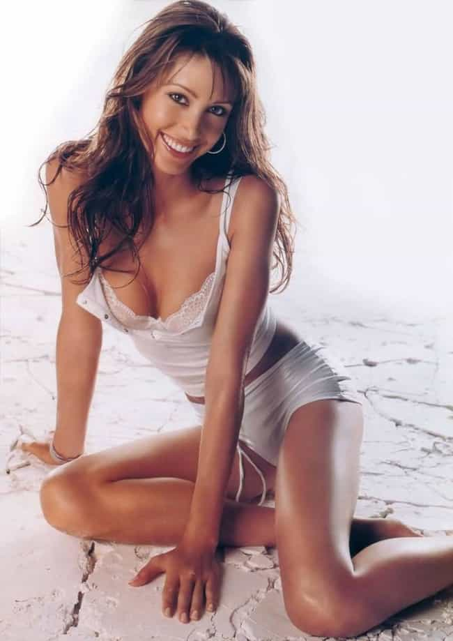 Shannon Elizabeth Makes the Gr... is listed (or ranked) 1 on the list The Hottest Shannon Elizabeth Photos