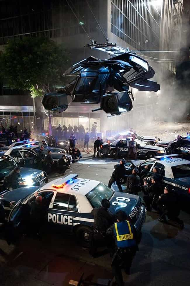 The Bat Takes Flight! is listed (or ranked) 4 on the list The Best Behind the Scenes Photos from The Dark Knight Rises
