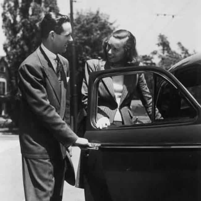 Opening Car Doors is listed (or ranked) 7 on the list Polite Things You Most Wish People Still Did Regularly